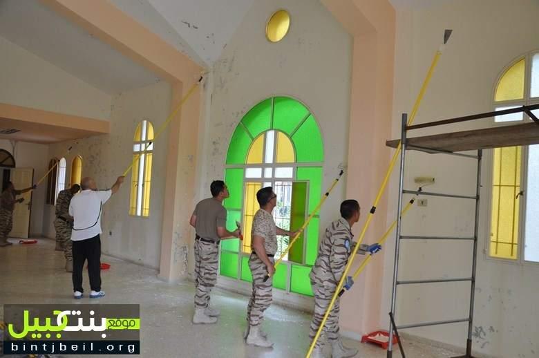 اليونيفيل الماليزية تؤهل قاعة كنيسة مار جريس في تبنين