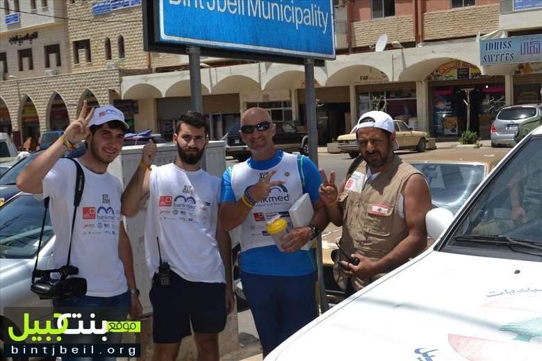 العدّاء العالمي علي وهبي  في مدينة بنت جبيل