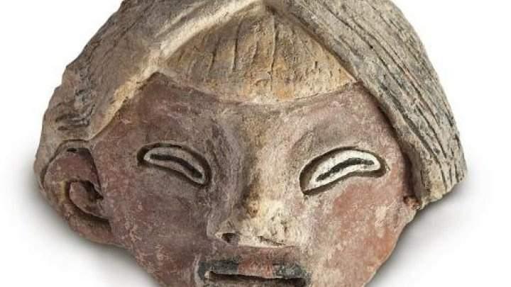 اكتشاف تماثيل عمرها 3800 عام في البيرو