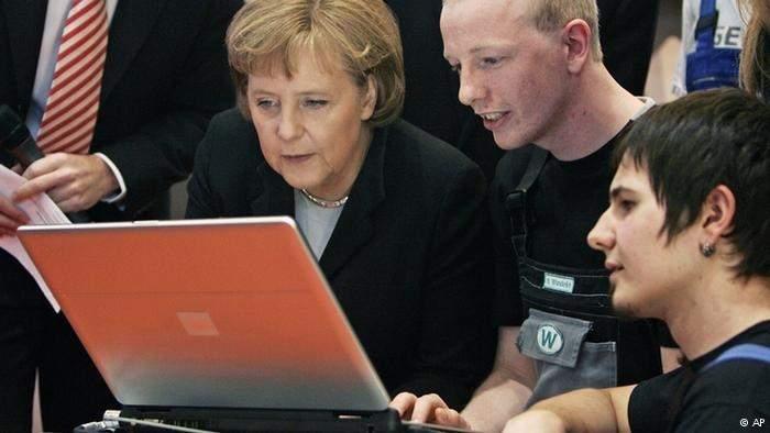هجوم الكتروني يستهدف الكومبيوتر الخاص بميركل