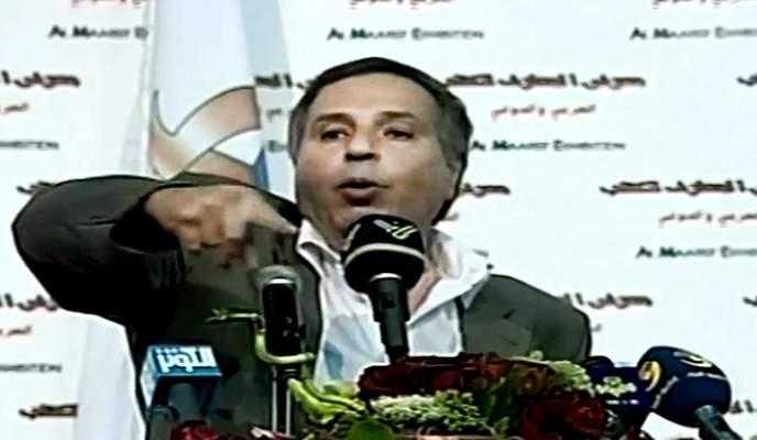 عمر الفرَّا... رحيل الشاعر الذي جعل البداوة أغنية والصحراء قصيدة