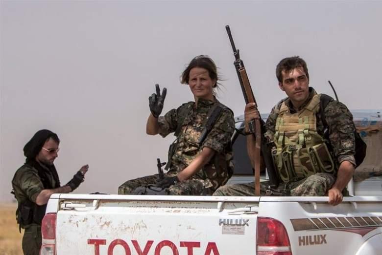 وحدات حماية الشعب... القوة التي هزمت داعش