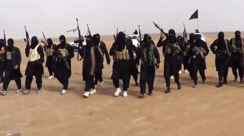 داعش يوزع «سبايا»على الفائزين في مسابقة حفظ القرآن الكريم!