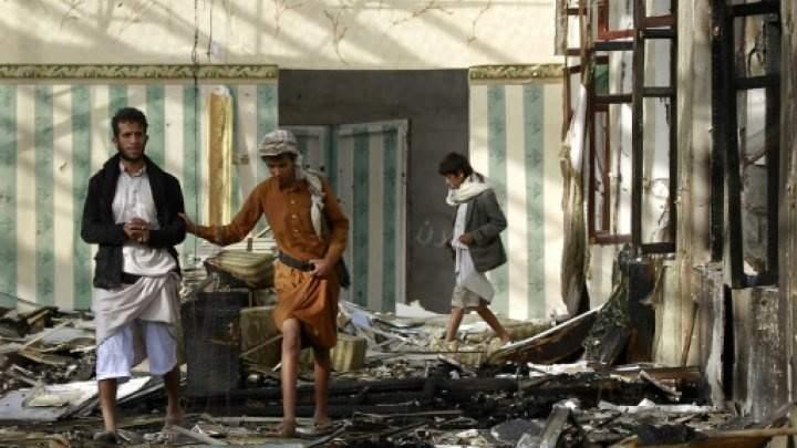 السعودية تخرق الهدنة الإنسانية و تواصل عدوانها على اليمن