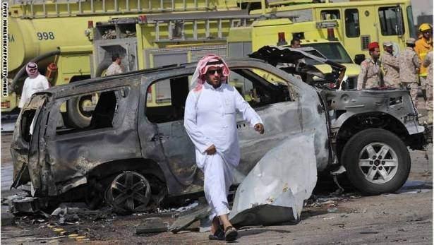 بالفيديو/ انتحاري يستهدف دورية للشرطة السعودية