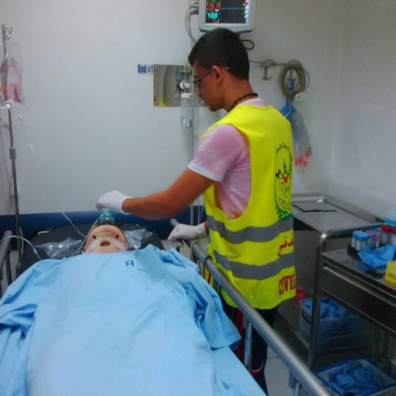 بالصور القاسية... قتيل وجرحى في حادث سير مروع على طريق مغدوشة - عنقون