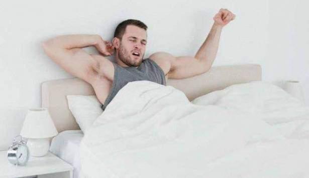 هل ترغب في الاستيقاظ مبكرا؟.. اتبع هذه الخطوات