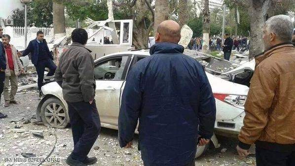 داعش يتبنى تفجير سفارة الجزائر في ليبيا