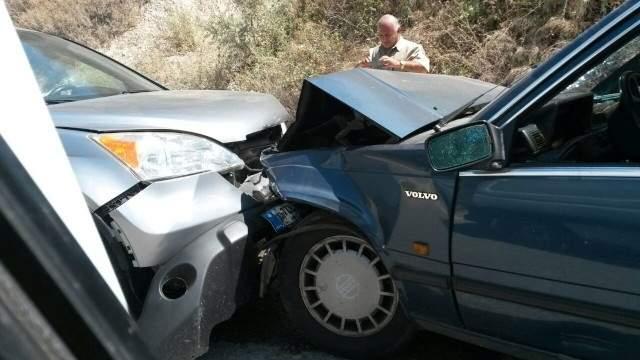 ثلاثة جرحى في حادث سير على طريق الشرحبيل علمان