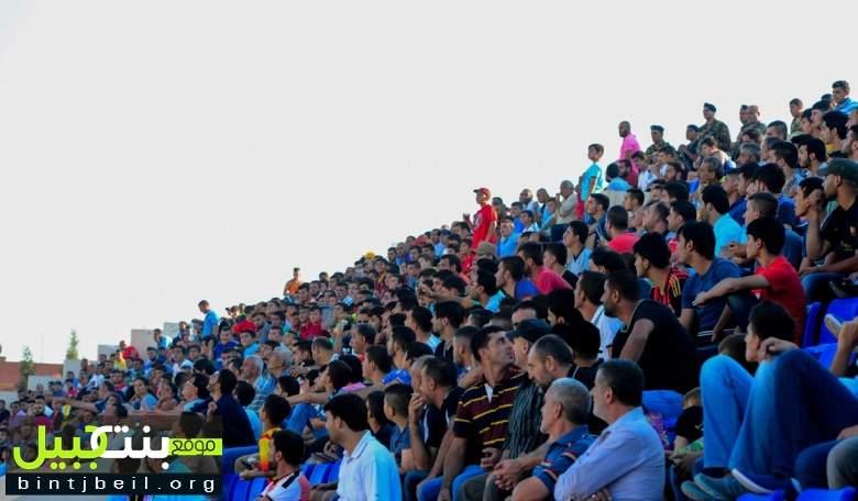 بالفيديو و الصور / بنت جبيل تتأهل للنهائي لمواجهة مارون الراس بعد فوزها الصعب على عيتا الشعب في كرة القدم