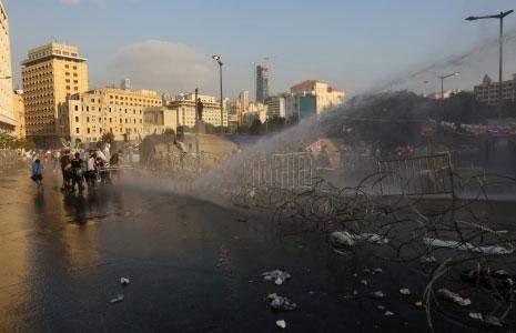 لماذا لا «ينتفض» اللبنانيون ضد زعمائهم؟
