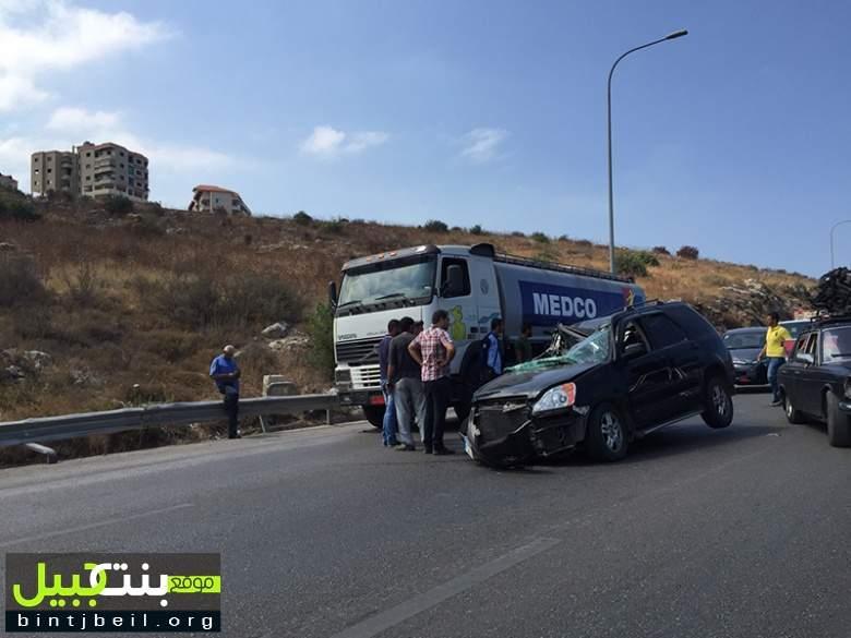 حادث سير على أوتوستراد الدامور- مدخل بيروت