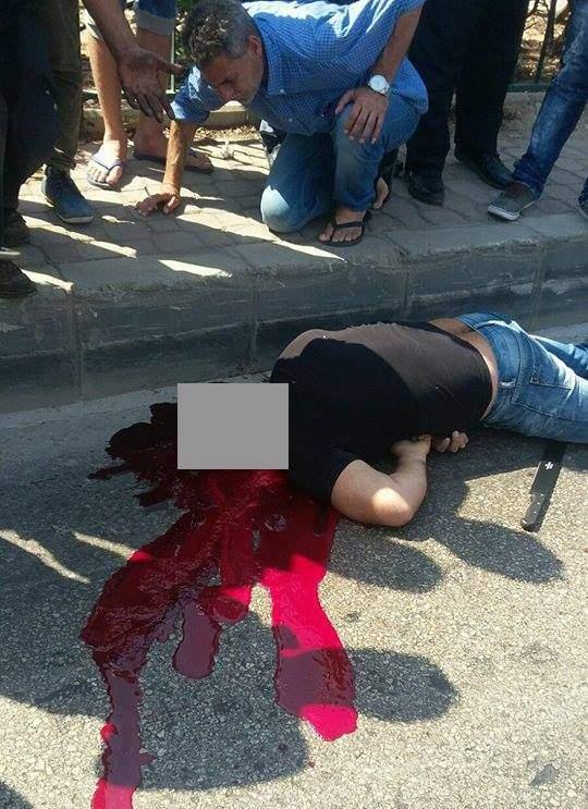 بالصورة و الفيديو : جريمة مروّعة على طريق المطار.. ضربه بالساطور!!