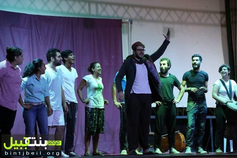 """مسرح إسطنبولي يعرض مسرحية """" توتة توتة بلّشت الحدّوتة"""" في مدينة صور"""