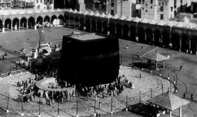 """9 كوارث حلت بمكة منذ 40 سنة.. أصغرها حادثة """"الرافعة"""""""