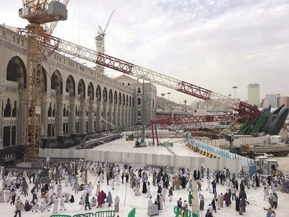 ماذا حدث قبل ساعات من سقوط رافعة الحرم؟