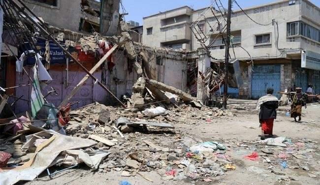 السعودية تكثف غاراتها على صنعاء وتستخدم اسلحة محرمة بصعدة