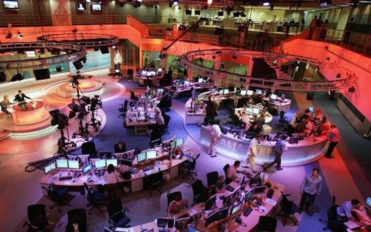 الجزيرة القطرية تفصل المئات من موظفيها