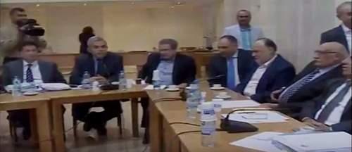 """بالفيديو/ إشكال بين نواب """"التغيير والاصلاح"""" و""""المستقبل"""" خلال اجتماع لجنة الاشغال"""