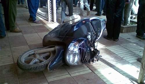 هدّد بإحراق نفسه احتجاجاً على مصادرة درّاجته