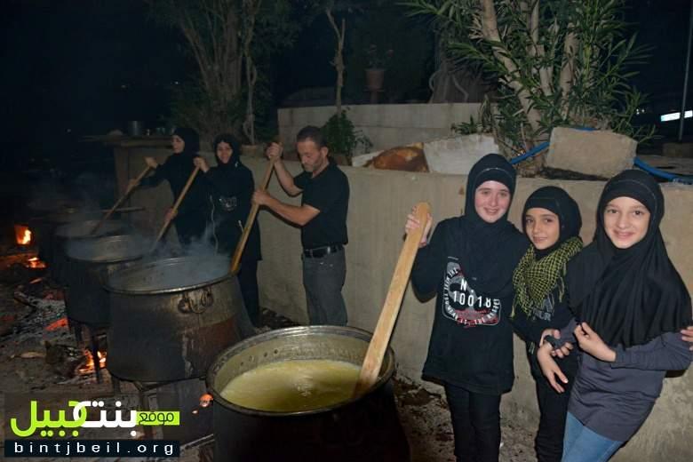 هريسة بنت جبيل العاشورائية تنطلق: كرنفال شعبي يتجدد كل عام على حب سيد الشهداء (ع)