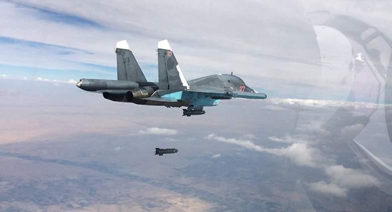 الطيران الروسي يدمر مركز قيادة واتصالات لداعش في محافظة دير الزور السورية