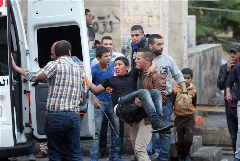 إسرائيل تحاول احتواء هبّة فلسطين: مستعدون للتفاوض مع عباس بلا شروط!
