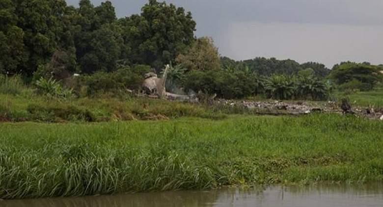 العثور على ثلاثة أحياء في حادث الطائرة المنكوبة