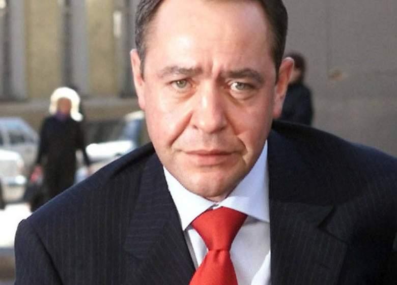 وفاة وزير الاعلام الروسي السابق في واشنطن
