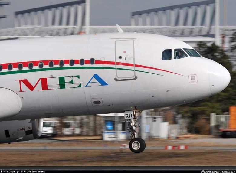 طائرة لـ الميدل ايست تنجو من كارثة في مطار شارل ديغول