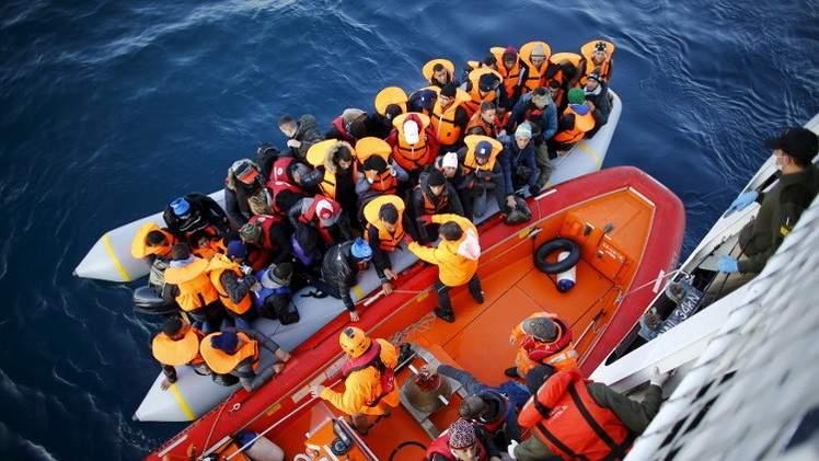 إنقاذ 222 مهاجرا قرب سواحل تركيا