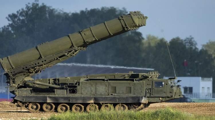 """روسيا تؤكد بدء توريد صواريخ """"إس-300"""" لإيران"""