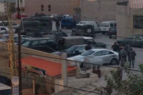 مطلوب فجر نفسه اثناء عملية دهم للجيش في دير عمار مما أدى إلى سقوط قتيلين و6 جرحى