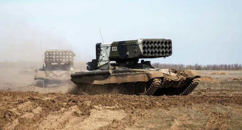 """بالفيديو.. هل تغيّر """"TOS-1"""" مسار الحرب السورية؟"""