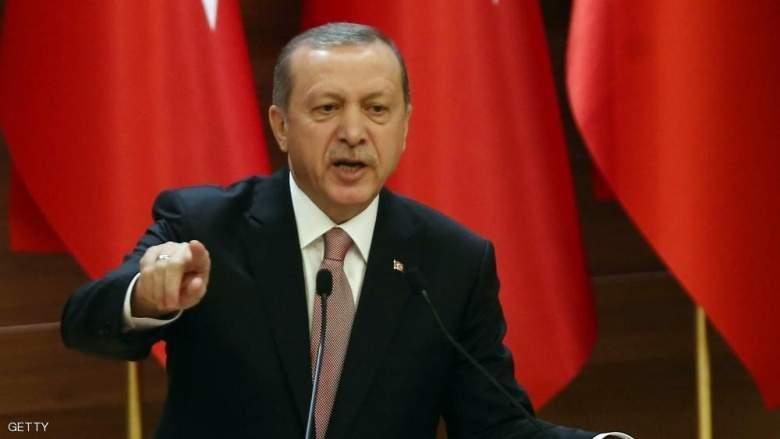 """""""إهانة أردوغان"""" تسجن 98 تركيا بـ10 أشهر"""