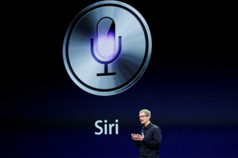 """رسميا...آبل تطلق خدمة """"Siri"""" بالعربية"""