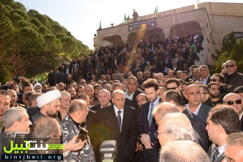 بالصور و الفيديو / تشييع حاشد للمرحومة مريم بري شقيقة الرئيس نبيه بري في تبنين