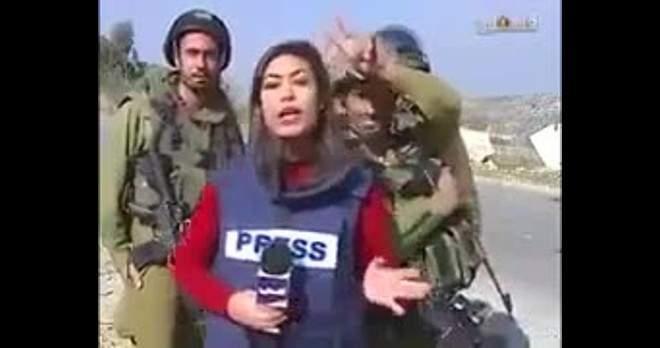فيديو | جنود إسرائيليون يضايقون مراسلة تلفزيون فلسطين