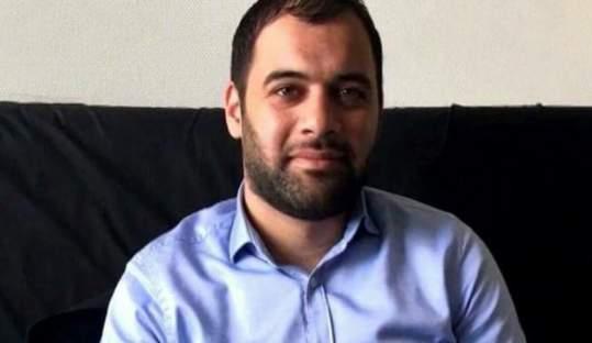 """بالفيديو: بعد اتهام الدولة السورية باقتلاع حنجرته .. ابراهيم القاشوش """"بلبل الثورة"""" حي يرزق في اوروبا !!"""