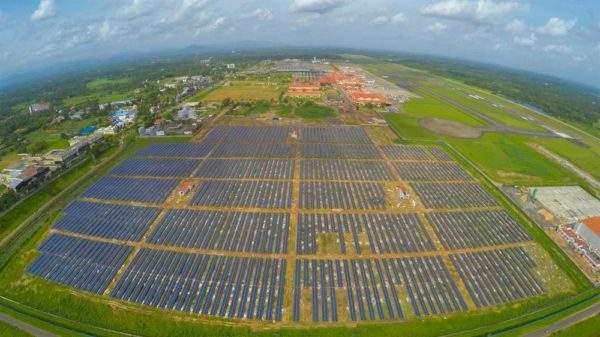 أول مطار بلا كهرباء