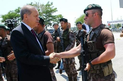 اردوغان يريد وضع الإستخبارات و رئاسة الأركان تحت سلطته
