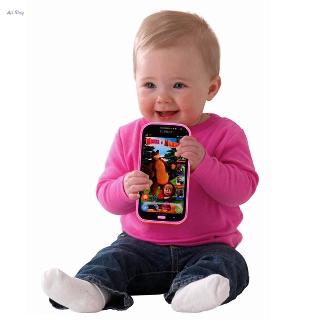ما العمر المناسب لمنح طفلك هاتفاً محمولاً؟