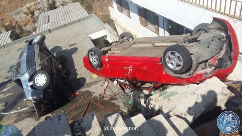 بالصور/ حادث سير على سطح مبنى في الكورة!