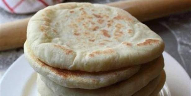 بلدية دبي ترد على معلومة ان وضع الخبز في «الفريزر» يتحوّل إلى سم قاتل