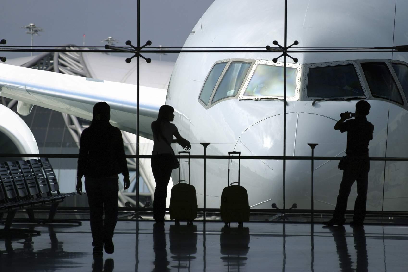 أغرب 10 أشياء تمت مصادرتها في المطارات!