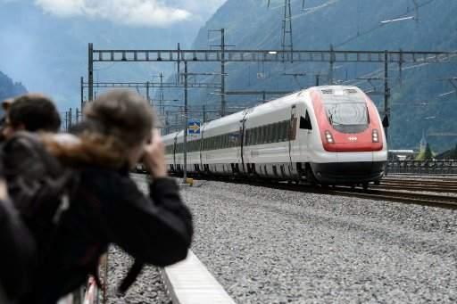 ستة جرحى في هجوم على ركاب قطار في سويسرا