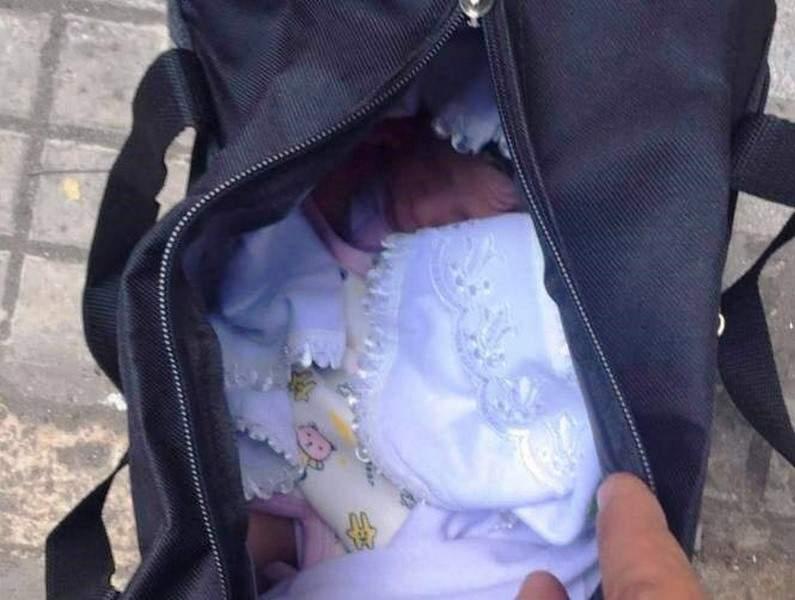 بالصورة.. العثور على طفل حديث الولادة قرب مستوعب للنفايات!