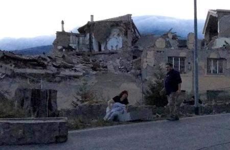 إيطاليا: قتلى في زلزال بلغت قوته 6.2 درجة وسط البلاد