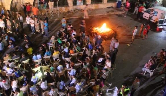 جمعية كشافة الرسالة الإسلامية أقامت سهرة نار في ساحة عيترون