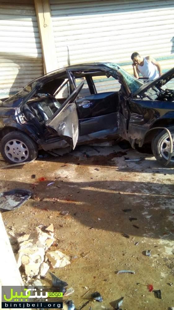 بالصور / مقتل شاب و اصابة اخرين بجروح في حادث سير مروع في محلة السفري البقاعية